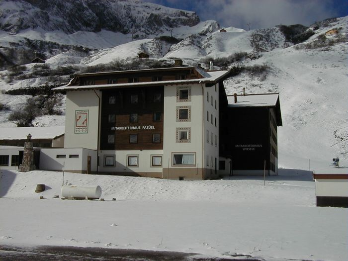 Zuerserhof_Mitarbeiterhaus.jpg